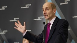 Divine intervention? Adonis flexes his muscles to improve UK mobile broadband