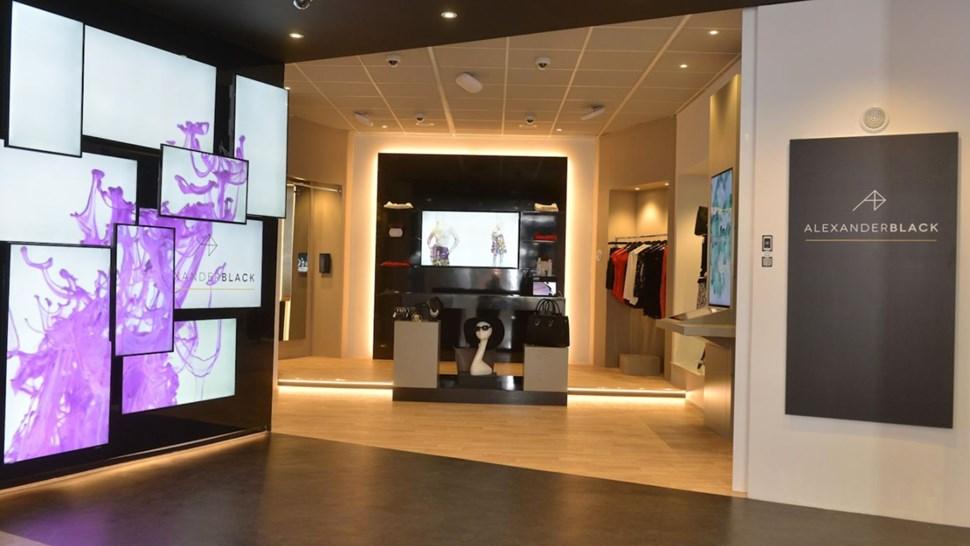 BT experience Alexander Black store