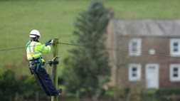 "UK regulator Ofcom sets out plans for a ""full-fibre"" future"