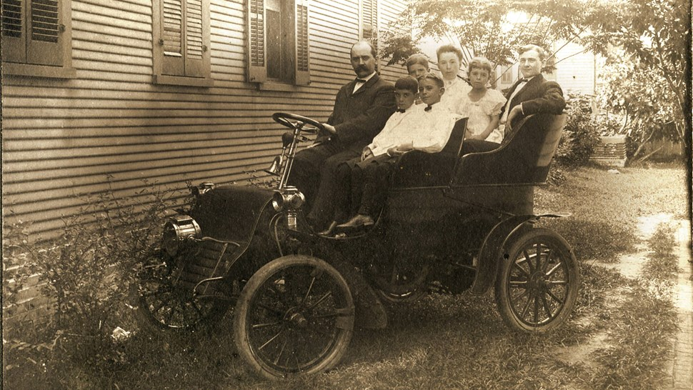 Car 1903 Cadillac