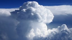 Billowing cloud infrastructure services market expanding by 52 per cent