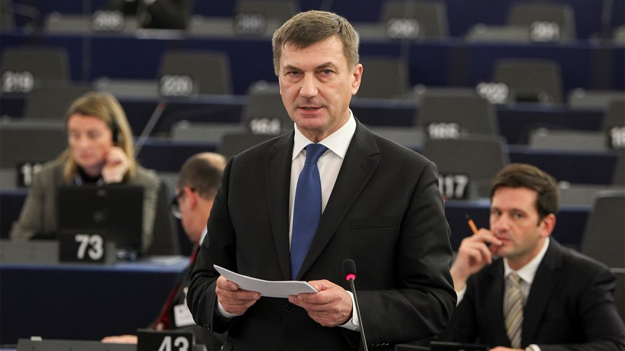 Commissioner Ansip at the Telecoms Council meeting © European Parliament