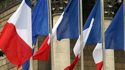 French government looks to raise €2.5bn from new 4G spectrum auction