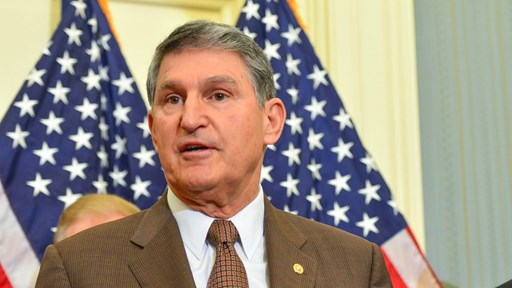 Senator Joe Manchin via Flickr ©  Senate Democrats (CC BY 2.0)