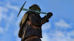Inmarsat says the mining industry is poised for rapid IoT adoption
