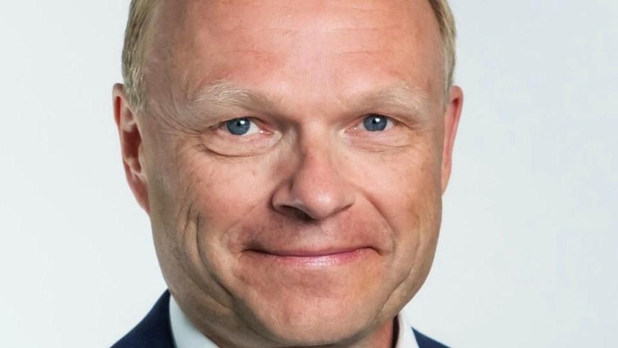 Nokia CEO unveils restructuring plan as sales decline, margins improve