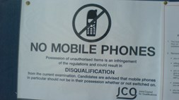 Mobile phones stunt your academic growth, claim