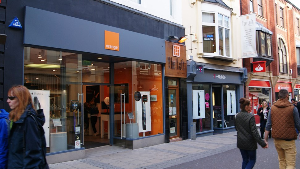 Orange UK shop