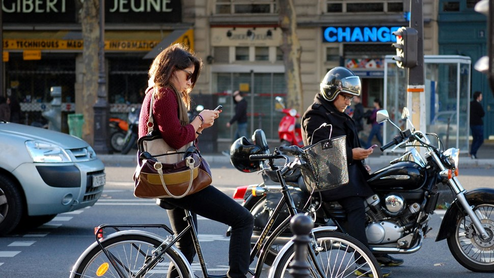 Paris mobile users