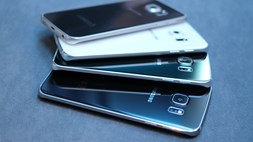 Smartphone sales soar at the expense of more basic devices, but Samsung's sales decline