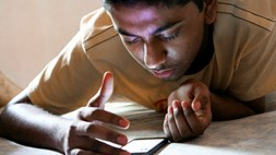 Hold the front page! Study finds that addiction to social media can affect the mental health of teenagers. Possibly.