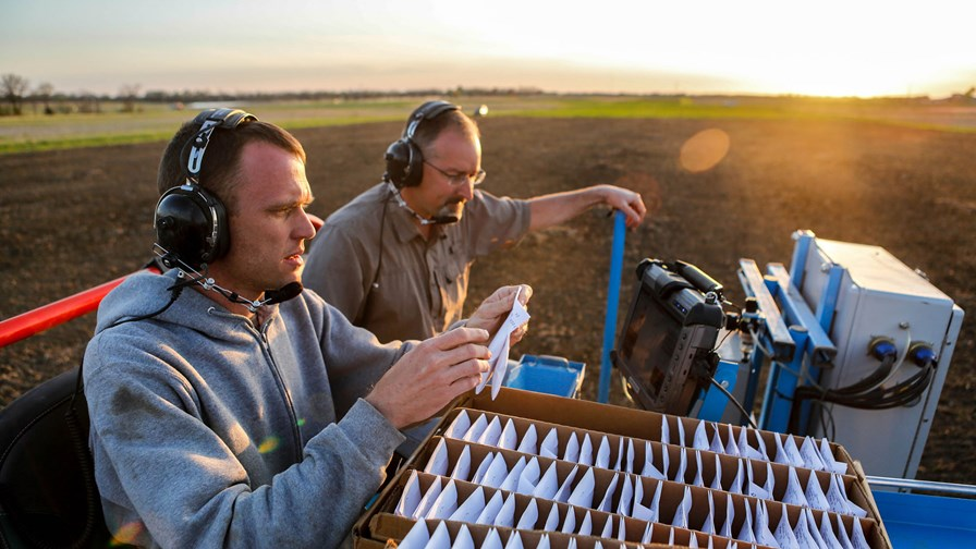 Smart planting in Missouri © Flickr/CC/CAFNR
