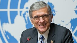 Everyone's a winner with 5G, claims FCC chairman Wheeler