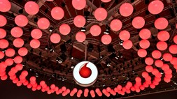 Vodafone shows its 5G credentials and joins the party