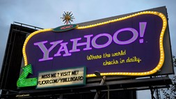 Will investors finally snap if Yahoo buys into Snapchat?